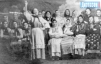 В актюбинском госпитале выступает хор домохозяек.  Так женщины поддерживали боевой дух солдат.