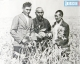 Шыганак Берсиев  (в центре)  в войну получил рекордный урожай проса. Оно шло на солдатскую кашу.