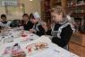 Кружок рукоделия.  Здесь девочки да и мальчики тоже учатся шить, многое в детском доме сделано их руками.