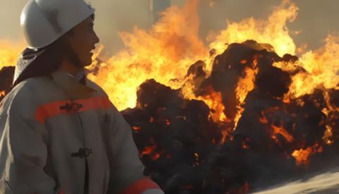 Сжечь до основания: под Полтавой горит мусорная свалка