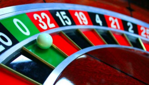 Устроиться на работу в казино оператором или охранником как отучить играть в игровые автоматы