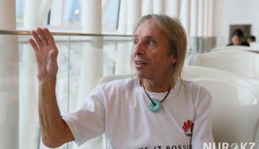 'Человек-паук из Франции заберется на 168-метровое здание в Алматы