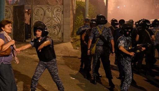 Масштабная демонстрация вЕреване: задержаны более 100 человек