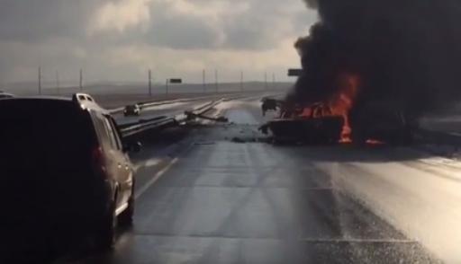 ВАкмолинской области автомобили загорелись после столкновения
