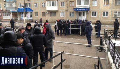 Семеро участников нападений вАктобе осуждены пожизненно
