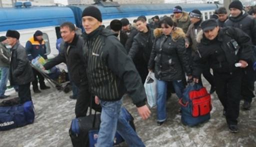 Количество таджикских мигрантов, выезжающих в Российскую Федерацию, уменьшилось на6%