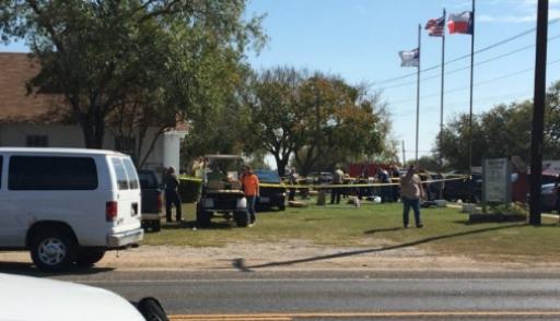 Мужчина открыл стрельбу в баптистской церкви в Техасе