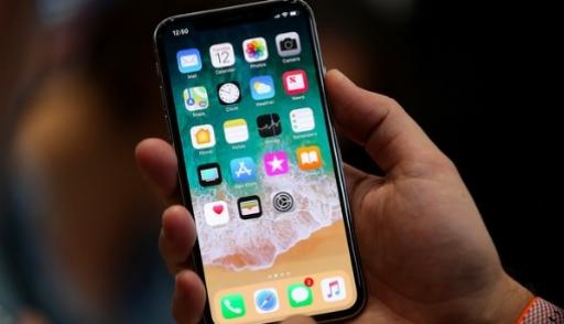 В новых iPhone X выгорают дисплеи