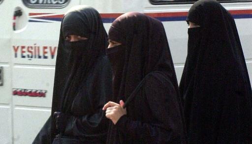 Женщинам в Саудовской Аравии разрешили не носить абайю